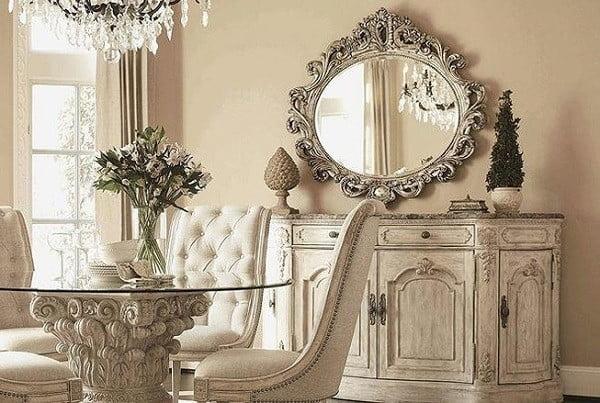 gương trước nhà