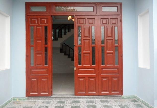 cửa chính